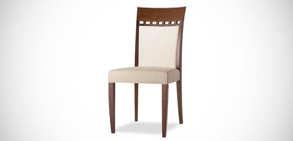 wooden chair Episodes Tonon