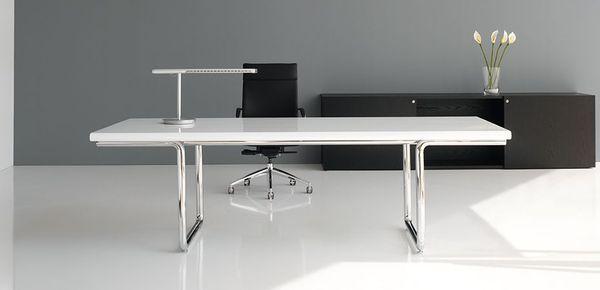 klassiske kontormøbler